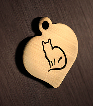 "Cat tag ""Hear with cat"""